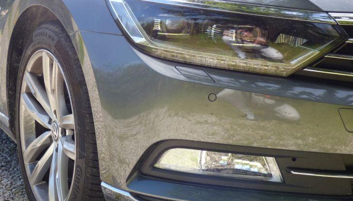 Volkswagen Passat Variant BiTdi da 240CV: la prova della wagon da corsa - Foto 2 di 29