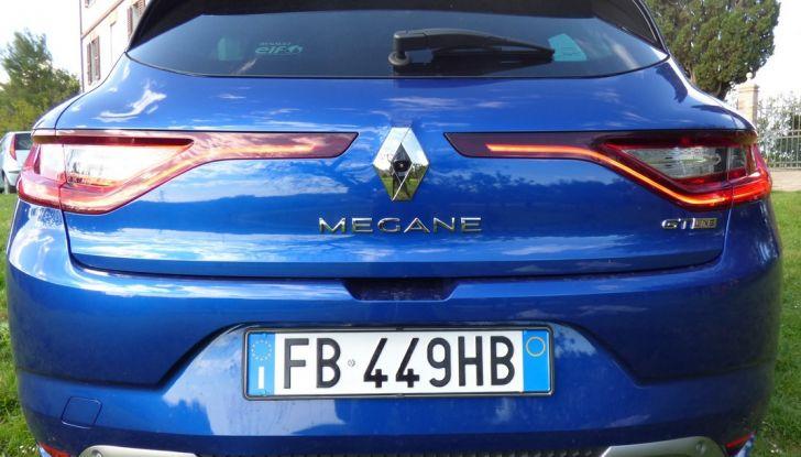 Renault Mégane GT Line da 130CV, prova su strada, impressioni e prezzi - Foto 17 di 36