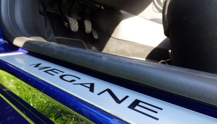 Renault Mégane GT Line da 130CV, prova su strada, impressioni e prezzi - Foto 29 di 36