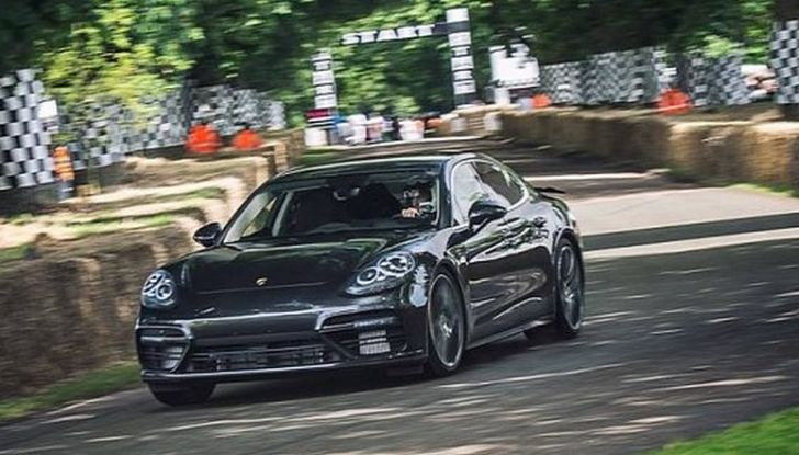 Porsche Panamera 2017, il Test Drive di Patrick Dempsey: oltre 500CV - Foto 1 di 18