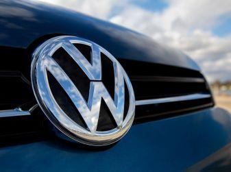 Inizia da 800.000 Volkswagen Passat, CC ed EOS la rimessa in ordine delle centraline elettroniche dei Diesel fuori norma