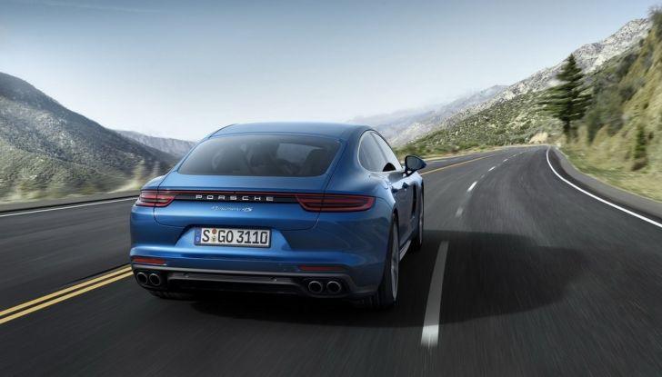 Nuova Porsche Panamera: dotazioni, motorizzazioni e prezzi - Foto 17 di 20