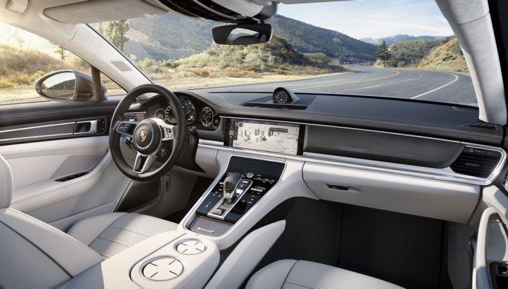 Nuova Porsche Panamera: dotazioni, motorizzazioni e prezzi - Foto 18 di 20