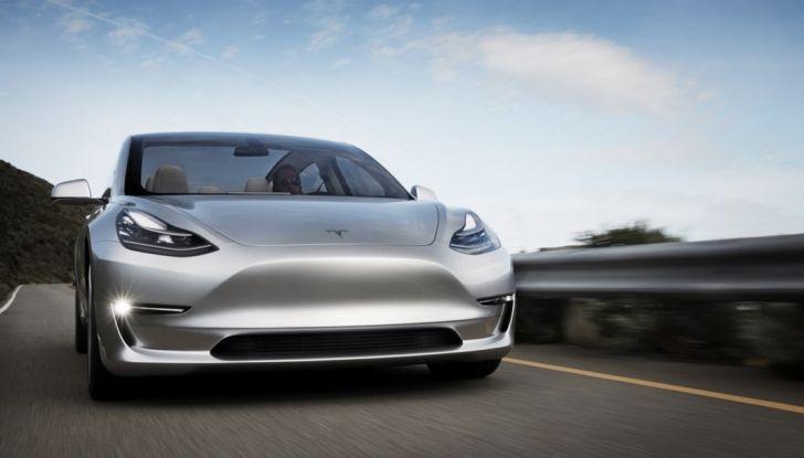 Tesla Model 3: ecco le nuove foto - Foto 2 di 5