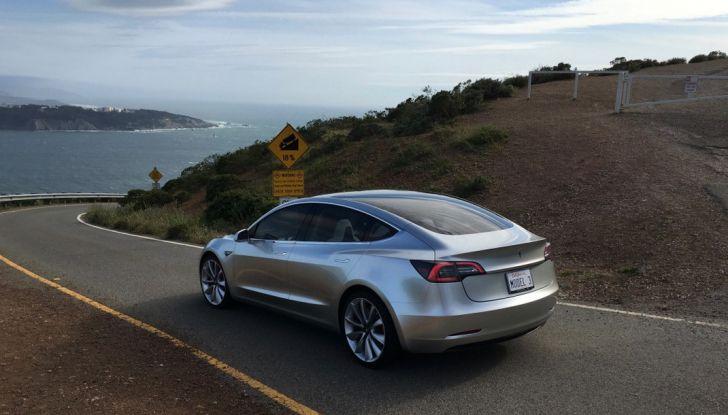Tesla Model 3: ecco le nuove foto - Foto 3 di 5