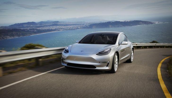 Tesla Model 3: ecco le nuove foto - Foto 5 di 5
