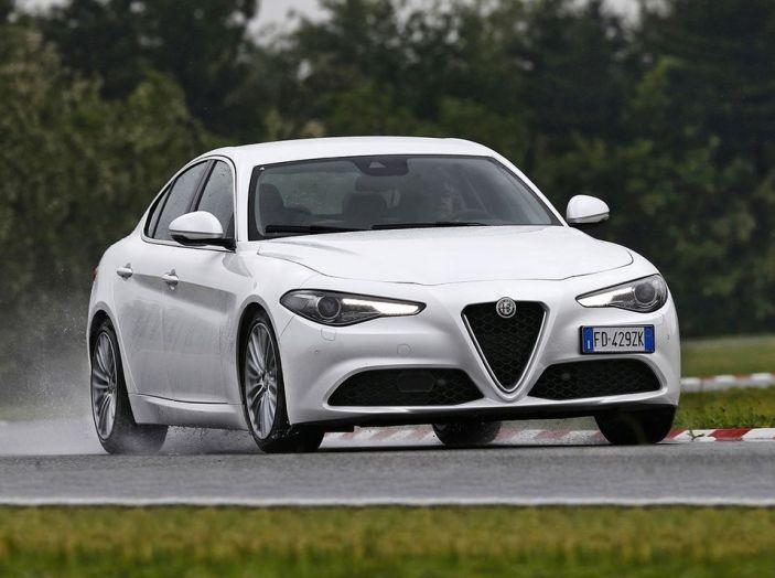 Alfa Romeo Giulia nuovo motore 200 CV (4)