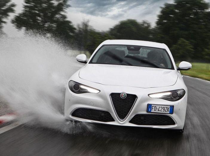 Alfa Romeo Giulia nuovo motore 200 CV (6)
