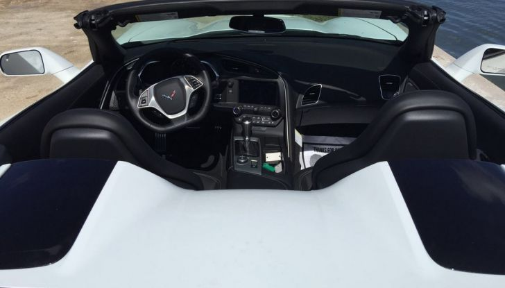 Test Drive: Chevrolet Corvette Cabrio 6.2 V8 provata negli USA - Foto 10 di 19