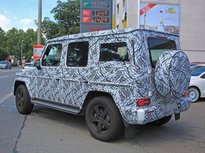 Mercedes Classe G 2018, strada che vince non si cambia - Foto 10 di 21