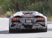 Nuova Lamborghini Aventador 2017 Facelift: i primi scatti