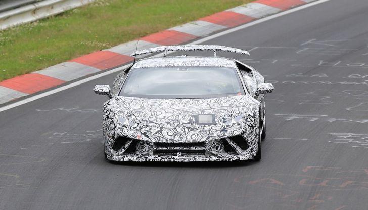 Lamborghini Huracan Superleggera 2017: le foto spia dei test al Nurburgring - Foto 15 di 20