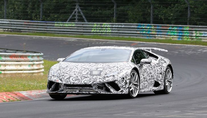 Lamborghini Huracan Superleggera 2017: le foto spia dei test al Nurburgring - Foto 3 di 20