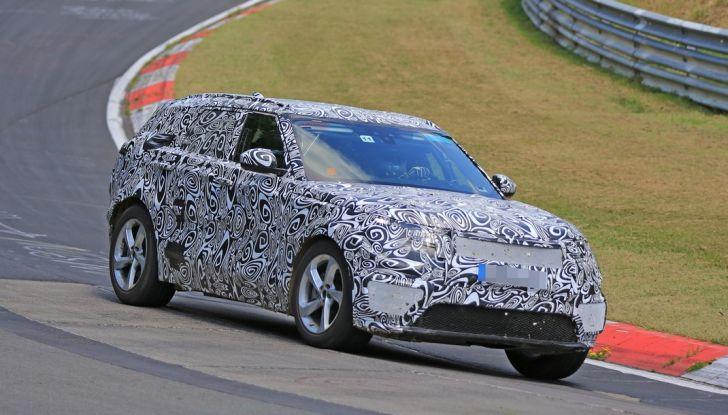 Nuova Land Rover Range Sport Coupe, prime foto spia dal Nurburgring - Foto 3 di 15