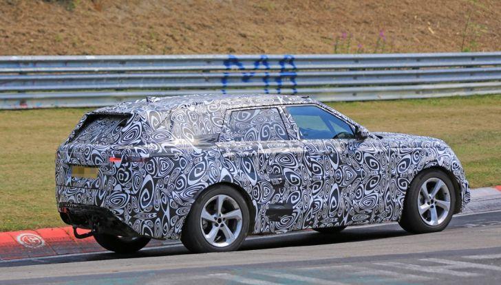Nuova Land Rover Range Sport Coupe, prime foto spia dal Nurburgring - Foto 2 di 15