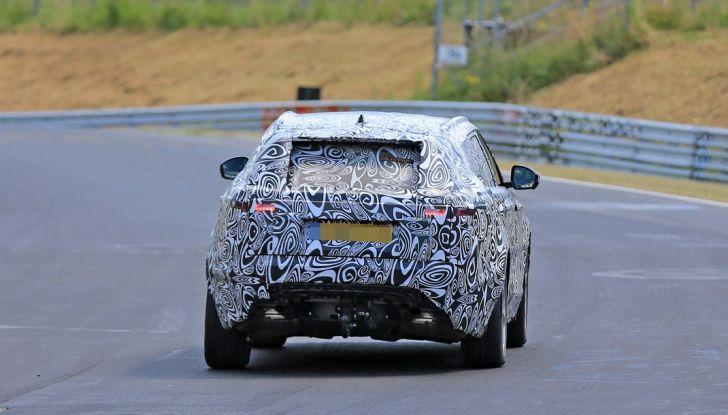 Nuova Land Rover Range Sport Coupe, prime foto spia dal Nurburgring - Foto 4 di 15