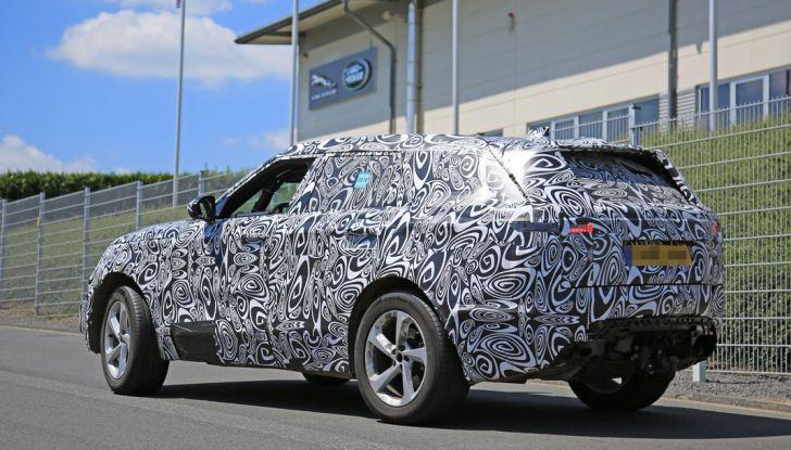 Nuova Land Rover Range Sport Coupe, prime foto spia dal Nurburgring - Foto 14 di 15
