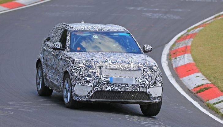 Nuova Land Rover Range Sport Coupe, prime foto spia dal Nurburgring - Foto 7 di 15