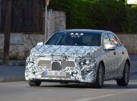 Mercedes Classe A nuova generazione, le prime immagini dei test su strada