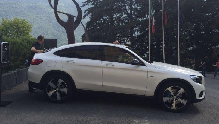 Mercedes GLC Coupè prova su strada, prezzi e allestimenti - Foto 27 di 27