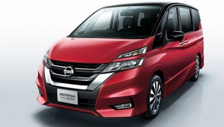 Nuova Nissan Serena, ora con ProPILOT per la guida autonoma - Foto 3 di 10