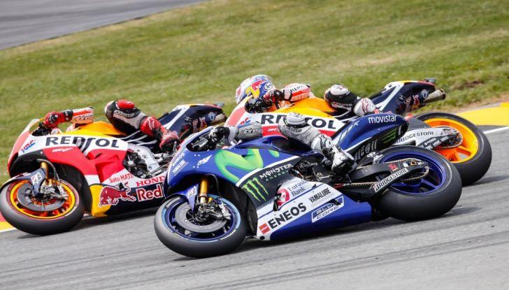 Orari diretta TV8 e Sky MotoGP 2016, Sachsenring - Foto 10 di 14
