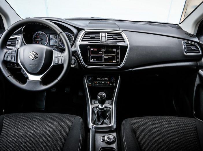 Nuova Suzuki S-Cross, prova su strada, prezzi e motorizzazioni - Foto 24 di 25