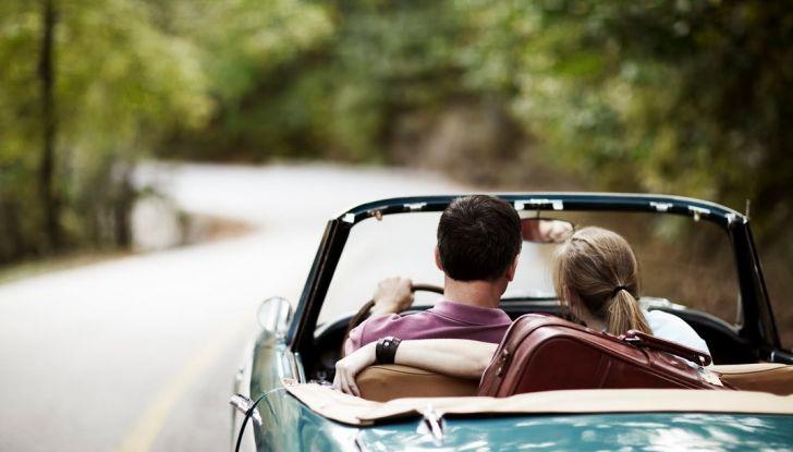Vacanze in auto all'estero, le norme da rispettare per chi viaggia - Foto 6 di 10