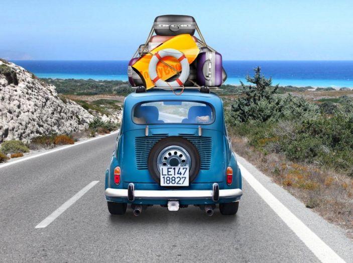 Vacanze in auto all'estero, le norme da rispettare per chi viaggia - Foto 1 di 10