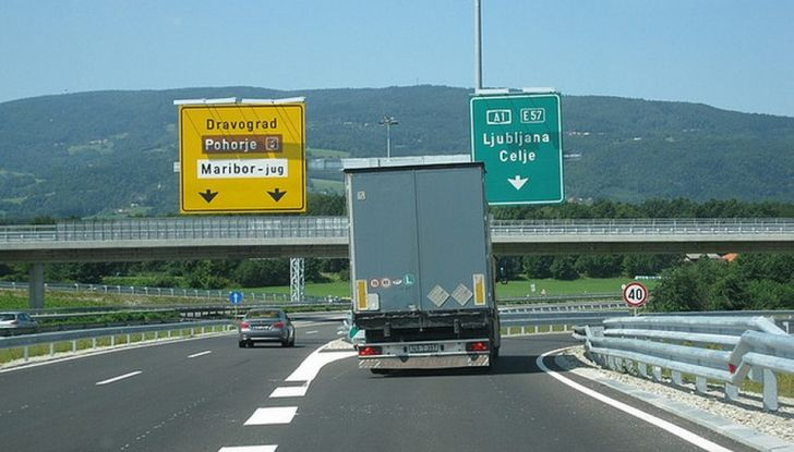 Prezzo vignetta autostradale Slovenia, Austria e Svizzera: ecco quanto costa - Foto 7 di 7