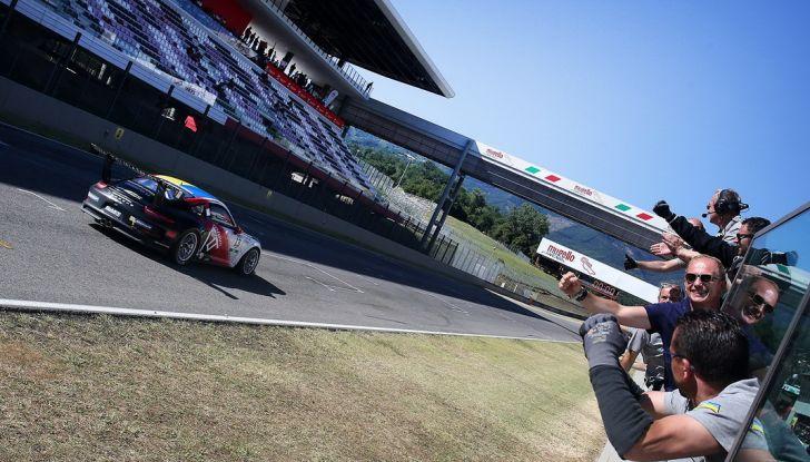 Tris di vittorie al Mugello per Ledogar nella Carrera Cup Italia - Foto 9 di 9