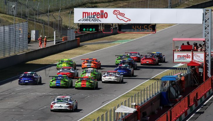 Tris di vittorie al Mugello per Ledogar nella Carrera Cup Italia - Foto 2 di 9