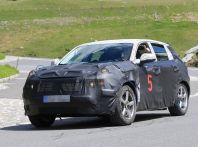 Geely SUV compatto, prime foto spia del modello del produttore cinese