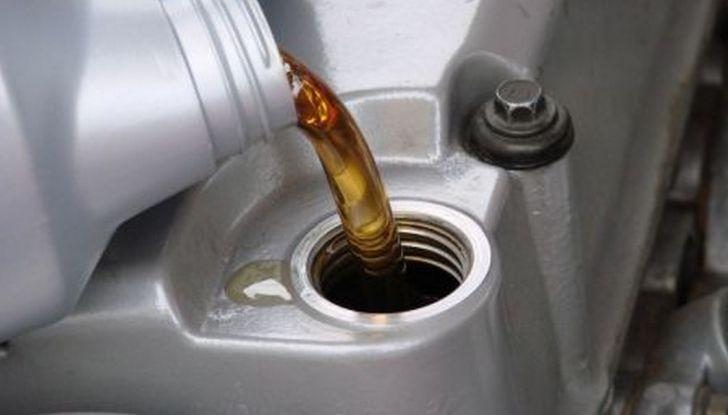 10 consigli su come consumare meno carburante - Foto 9 di 10