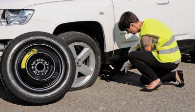 Foratura pneumatico: come salvare la gomma senza chiamare soccorsi