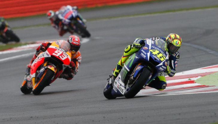 Risultati MotoGP 2016, Silverstone: vince Vinales, Rossi terzo - Foto 8 di 27