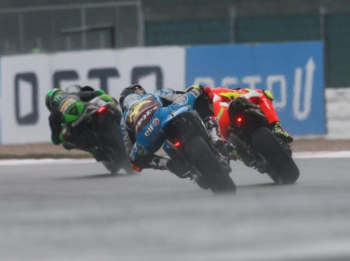 Risultati MotoGP 2016, Silverstone: vince Vinales, Rossi terzo - Foto 12 di 27