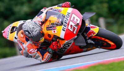 Risultati MotoGP 2016, Motegi: Lorenzo e Rossi out, Marquez è campione del mondo