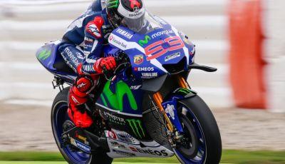 Risultati MotoGP Misano 2016, qualifiche: pole a Lorenzo, Rossi secondo