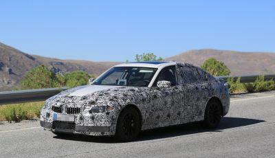 BMW Serie 3 2018: le foto spia dentro e fuori