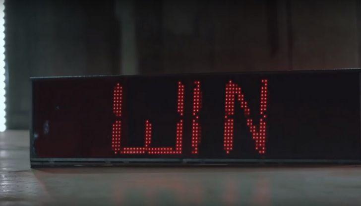 Nissan e Usain Bolt: sfida contro il fuoco per presentare la nuova GT-R - Foto 11 di 12