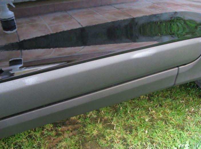 Come pulire le plastiche dell'auto - Foto 2 di 8