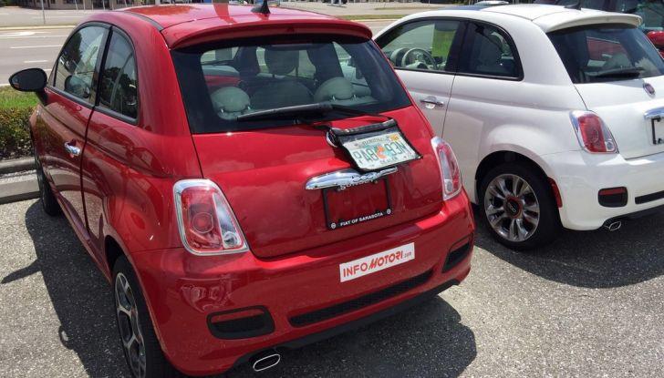 Fiat 500, prova su strada in Florida, parcheggio.