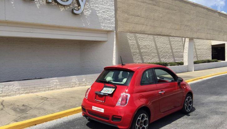 Fiat 500, prova su strada, posteriore laterale.