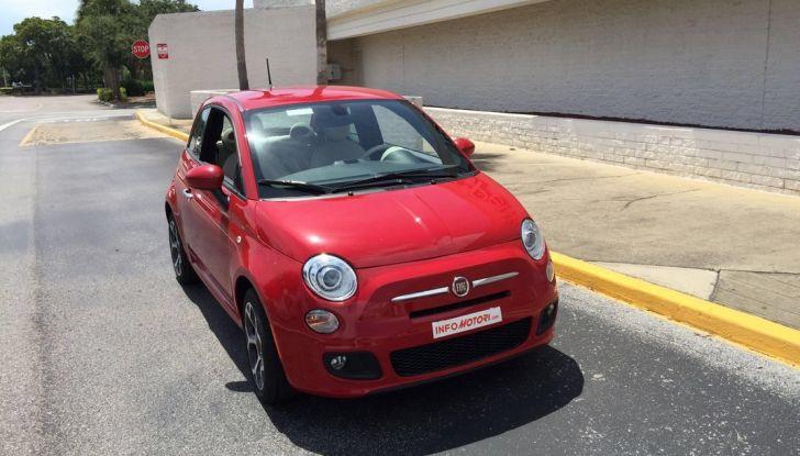 Fiat 500, prova su strada, vista laterale anteriore destra.