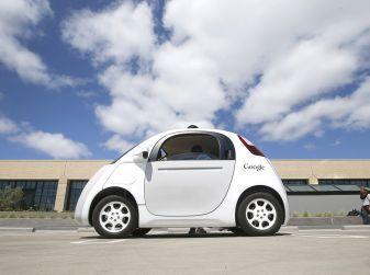 Google Car: uno dei fondatori del progetto si ritira