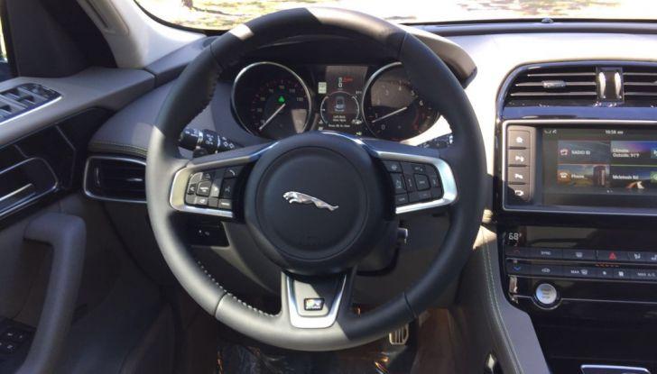 Il SUV Jaguar F-PACE AWD a 500 euro al mese? Magari …! - Foto 6 di 19