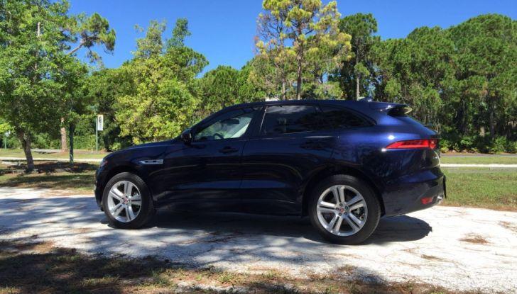 Jaguar F-Pace provata su strada negli USA, in Florida - Foto 11 di 19