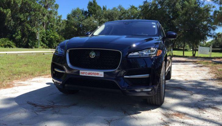 Jaguar F-Pace provata su strada negli USA, in Florida - Foto 17 di 19
