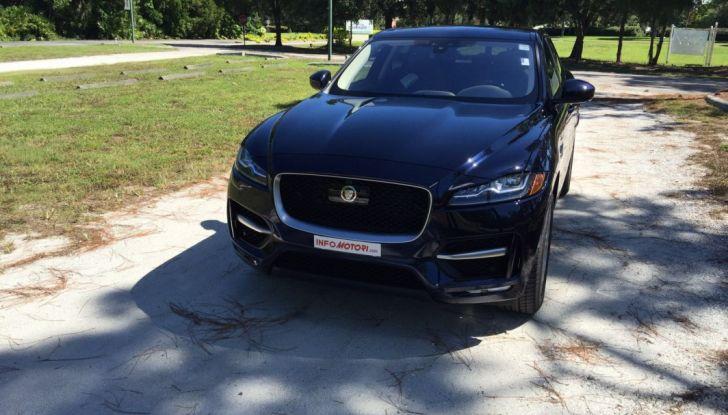 Jaguar F-Pace provata su strada negli USA, in Florida - Foto 18 di 19